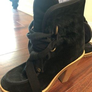 🌲Price Drop🔥Marc Jacobs furry fringe suede boots